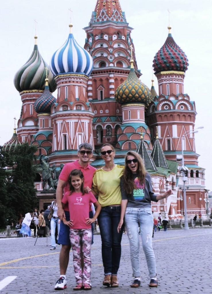 Олег, Алёна, София и Лида Сироткины на Красной Площади в Москве!
